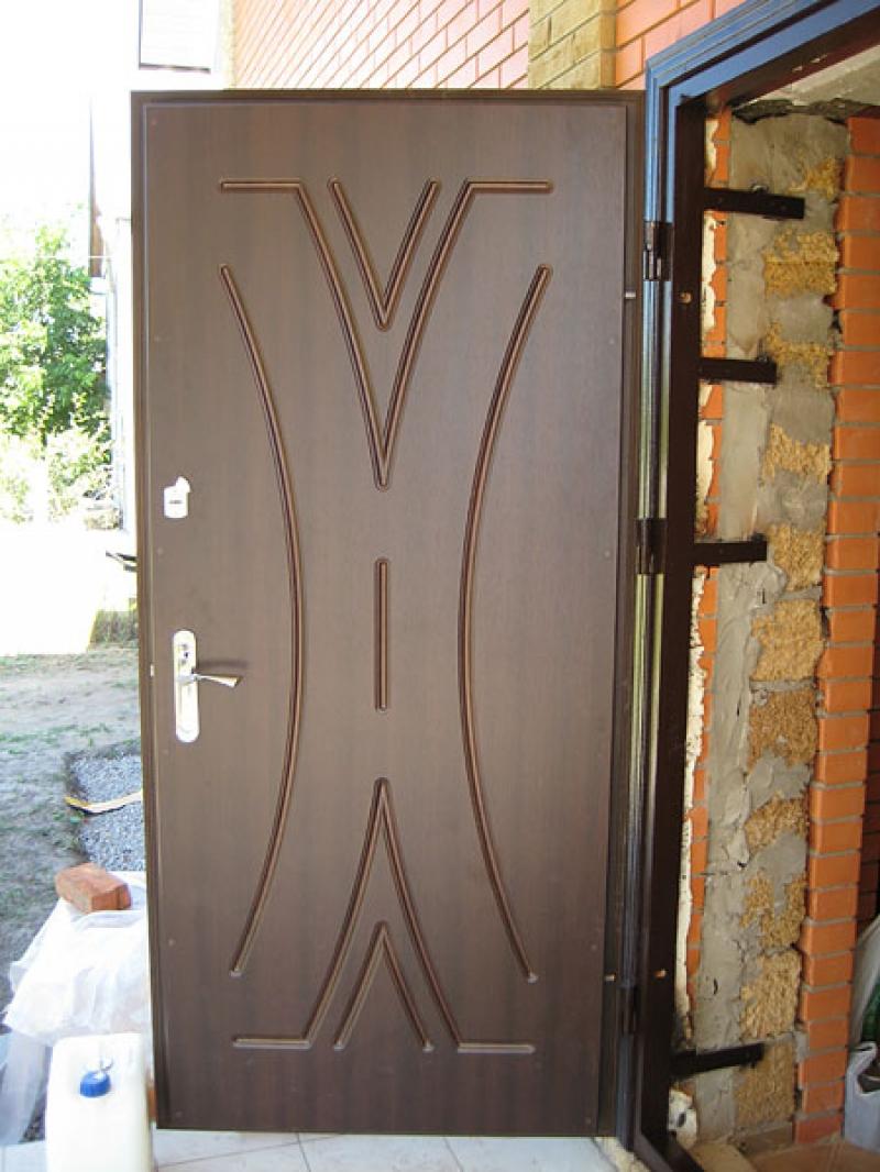 установим железные двери