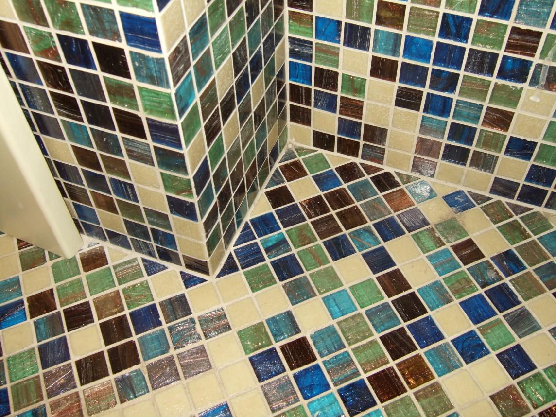 -стеклянной-мозаикой