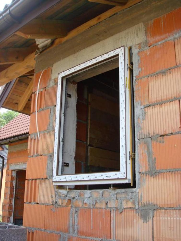 Как сделать окно в кирпичном доме 535