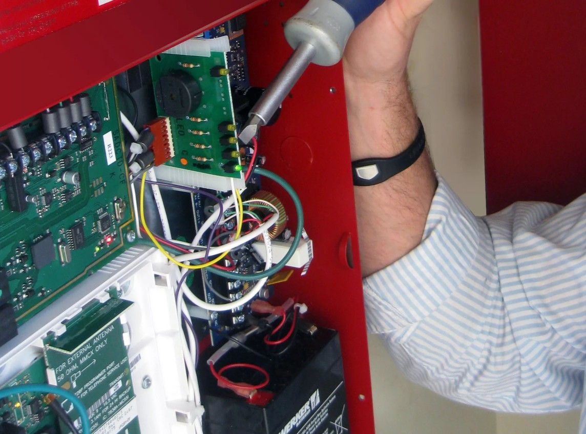 -и-ремонт-пожарной-сигнализации