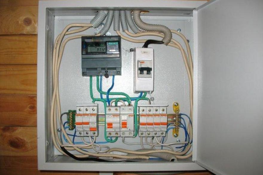 -электросчетчика-в-частном-доме